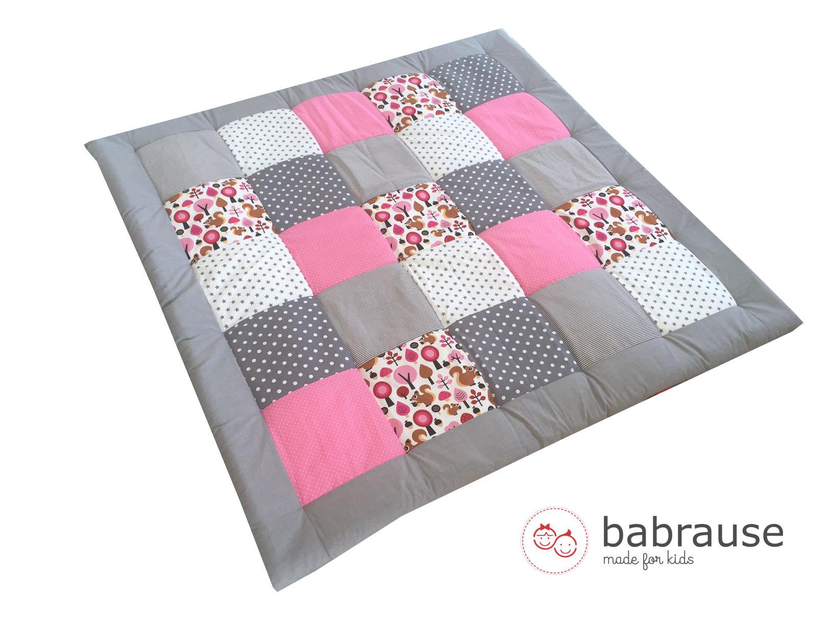 Krabbeldecke DIY Nähpaket Eichhörnchen grau rosa Stoff • Stoff-Shop ...